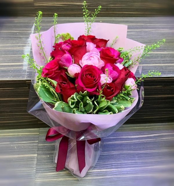 Romantic Red Roses with Peony